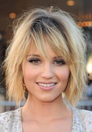 Причёски с распущенными волосами, стрижка прическа каре