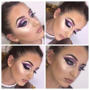 Карнавальный макияж, яркий фиолетовый макияж для фотосессии