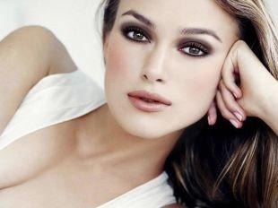Темный макияж для шатенок, изумительный макияж для карих глаз