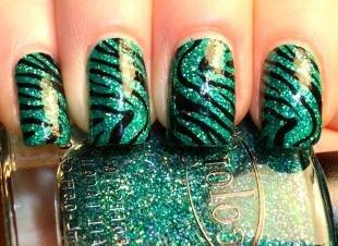 """Рисунки зебры на ногтях, зеленый маникюр с принтом """"зебра"""""""
