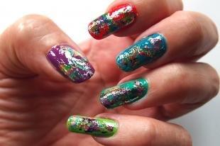 Маникюр с фольгой, дизайн ногтей с цветной фольгой