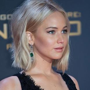 Макияж для маленьких голубых глаз, макияж для блондинок под черное платье