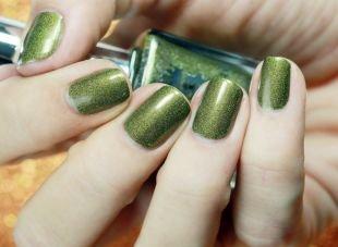 Маникюр на море, маникюр с зеленым глиттерным лаком