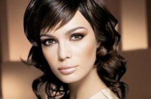 Макияж для тёмно зелёных глаз и тёмных волос, вечерний макияж в коричневых тонах для брюнеток