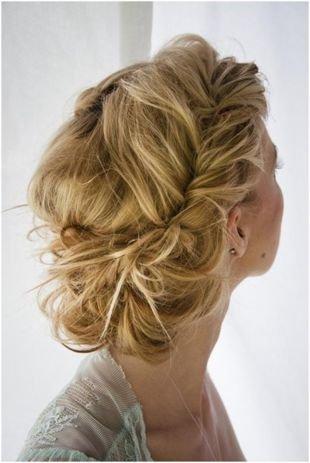 Греческие прически на длинные волосы, небрежная греческая прическа