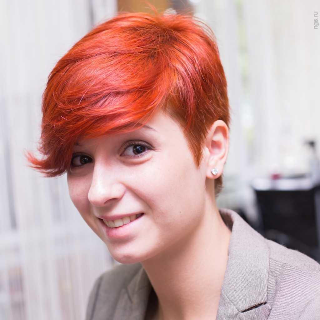 Ярко рыжие короткие волосы