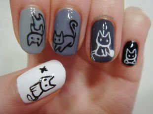 Рисунки на черных ногтях, оригинальный маникюр с рисунками котиков