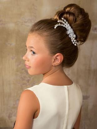 Средне русый цвет волос на длинные волосы, детская высокая прическа на праздник