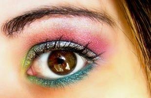 Вечерний макияж для карих глаз, радужный макияж для карих глаз