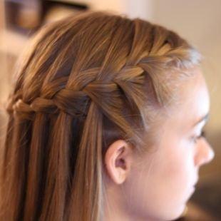 Русый цвет волос на длинные волосы, прическа водопад - широкая коса