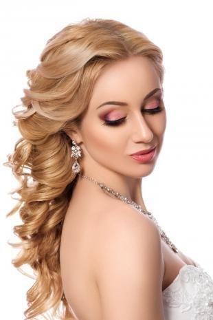 Свадебный макияж с фиолетовыми тенями, свадебный макияж в розовых тонах