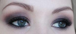 Вечерний макияж для серых глаз, макияж для нависшего века с серыми тенями