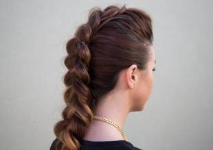 Цвет волос палисандр, обратная французская коса на пышные волосы