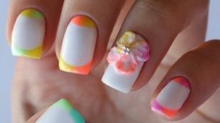 Радужный френч цветными гелями, летний французский маникюр с объемным цветком
