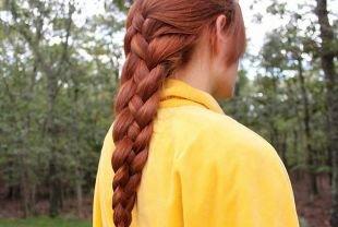 Быстрые прически на длинные волосы, прическа на основе французской косы на пышные волосы