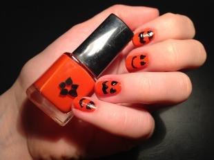 Рисунки смайлики на ногтях, маникюр на хэллоуин со смайликами