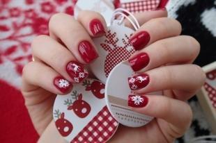 Новогодние рисунки на ногтях, маникюр с новогодними наклейками